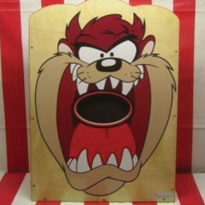 looney toons tazmanian devil ball throwing game