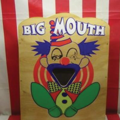 big mouth clown ball throwing game